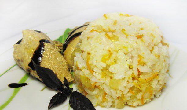 Рис с луком и морковью