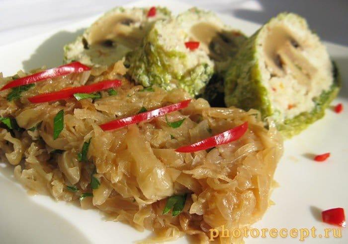 Фото рецепта - Рулет из рыбного муслина с грибами - шаг 7