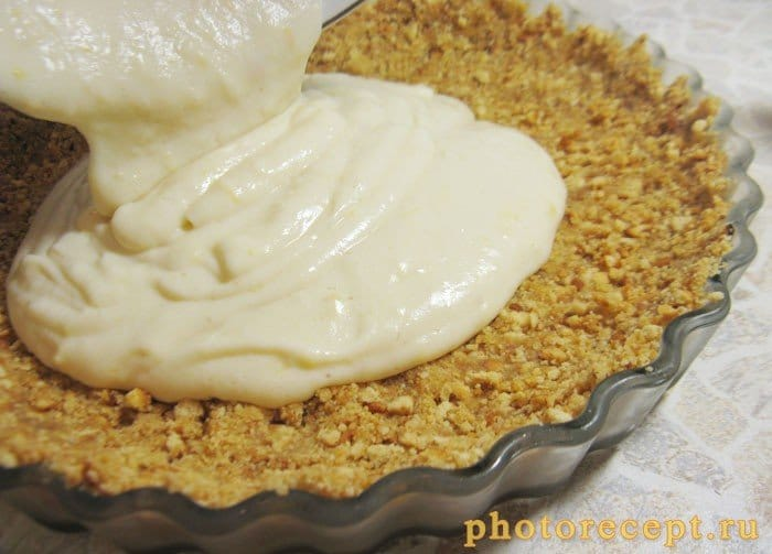 Фото рецепта - Лимонный пирог из печенья с рикоттой - шаг 7