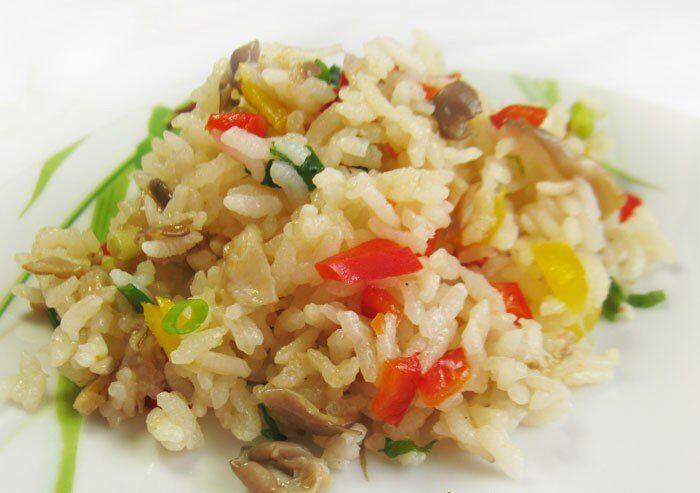 Рис с болгарским перцем и грибами