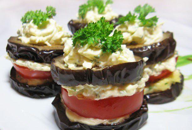 Закуска из баклажан с помидорами