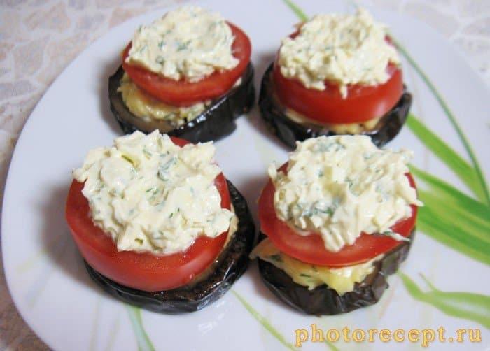 Фото рецепта - Закуска из баклажан с помидорами - шаг 7