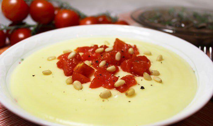 Итальянское картофельное пюре с сыром Альметте и томатами
