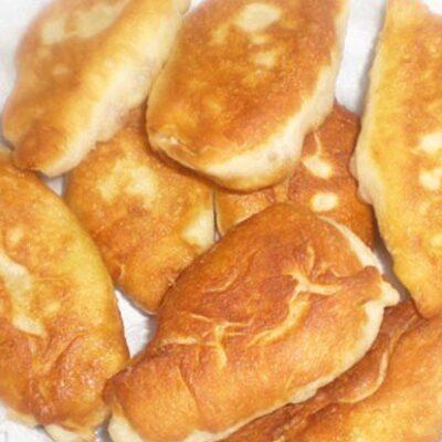 Рецепт пирожков с картошкой в хлебопечке - рецепт с фото