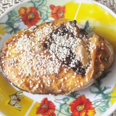 Стейк из форели с грибами - рецепт с фото