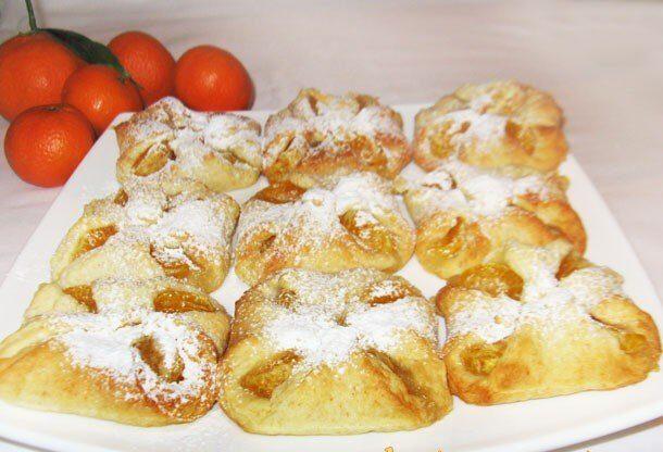 Творожные конвертики с мандаринами (булочки)