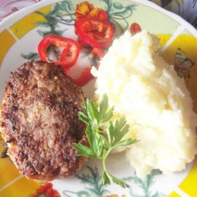 Зразы из куриного фарша с сыром - рецепт с фото