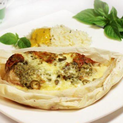 Шницель с соусом песто под сыром - рецепт с фото