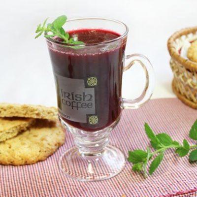 Морс из черной смородины с мятой - рецепт с фото