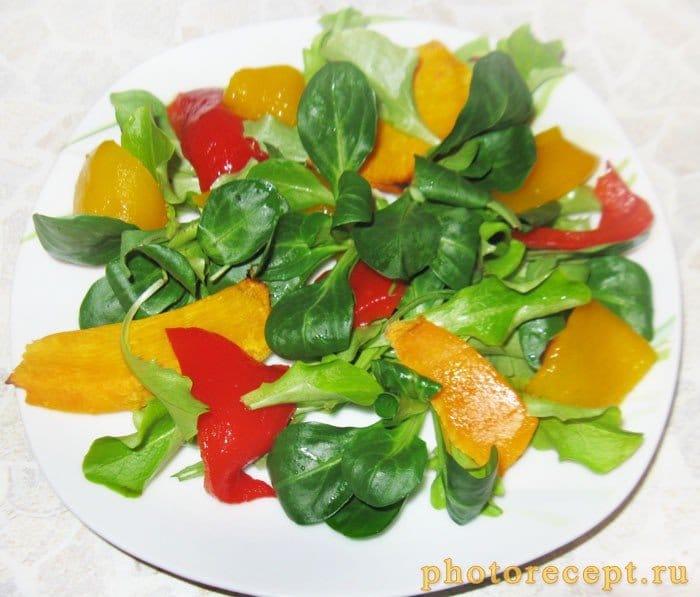 Фото рецепта - Салат с запеченной тыквой и болгарским перцем - шаг 3
