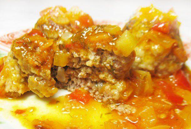 Тефтели по-гречески в овощном соусе
