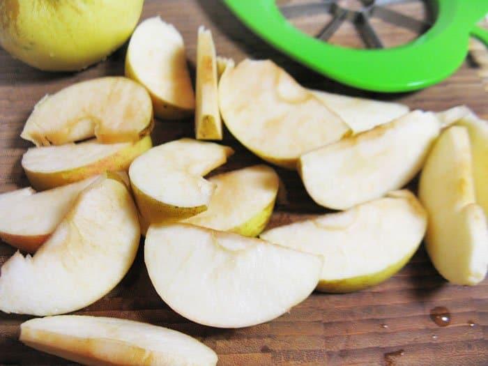 Фото рецепта - Пряная свинина, с запеченными яблоками - шаг 6