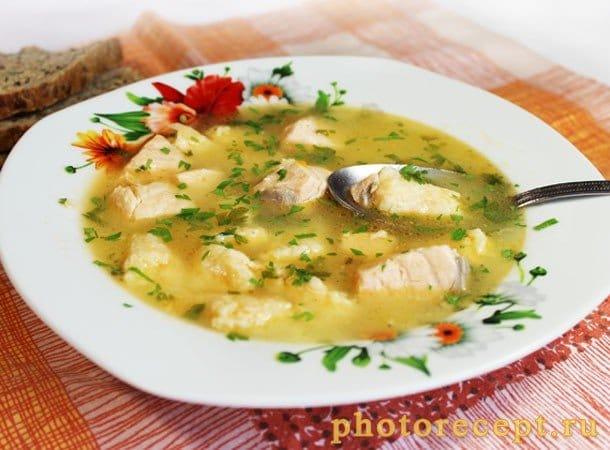 Рыбный суп с сырными клецками - рецепт с фото