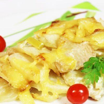 Запеченный сельдерей с перцем, сыром и сливками - рецепт с фото