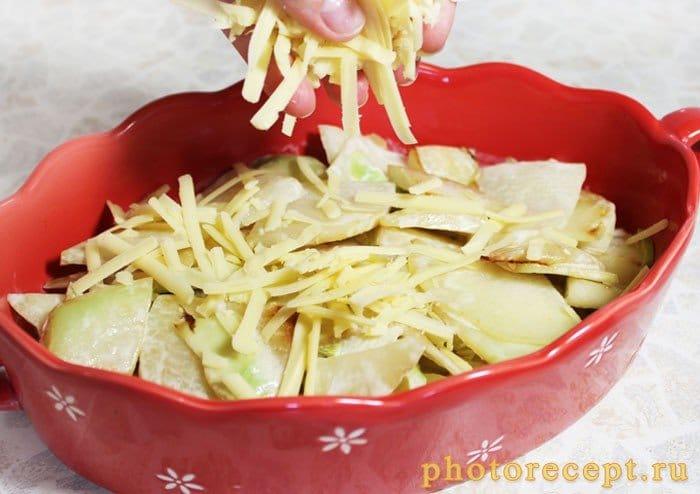 Фото рецепта - Запеченный сельдерей с перцем, сыром и сливками - шаг 6