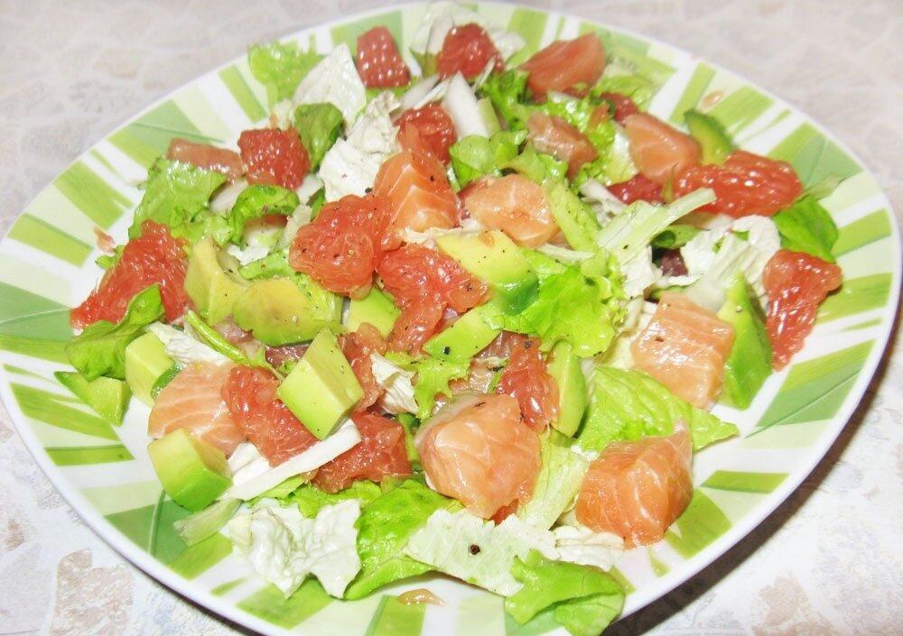 Салат с семгой и грейпфрутом
