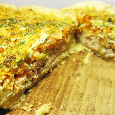 Киш (пирог) с тунцом и морковью - рецепт с фото