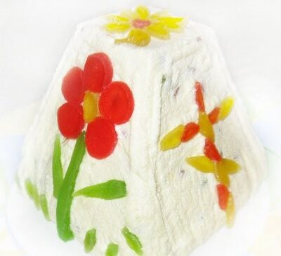 Творожно-сметанная пасха со сгущенкой - рецепт с фото