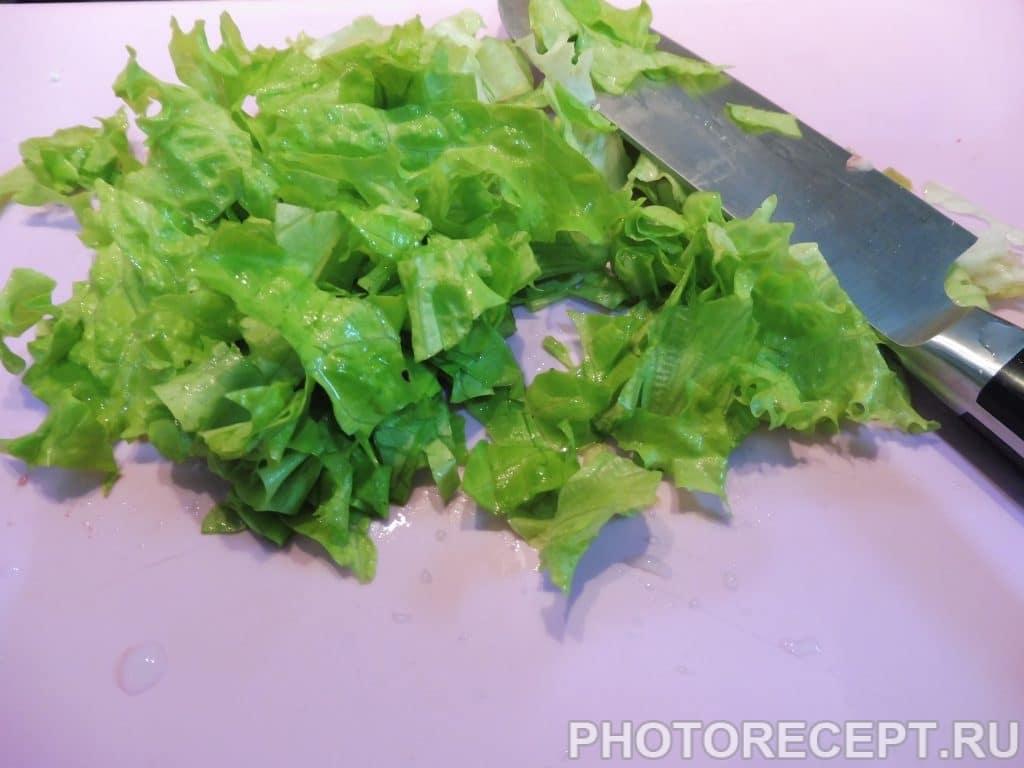Фото рецепта - Рисовый салат с кукурузой - шаг 5