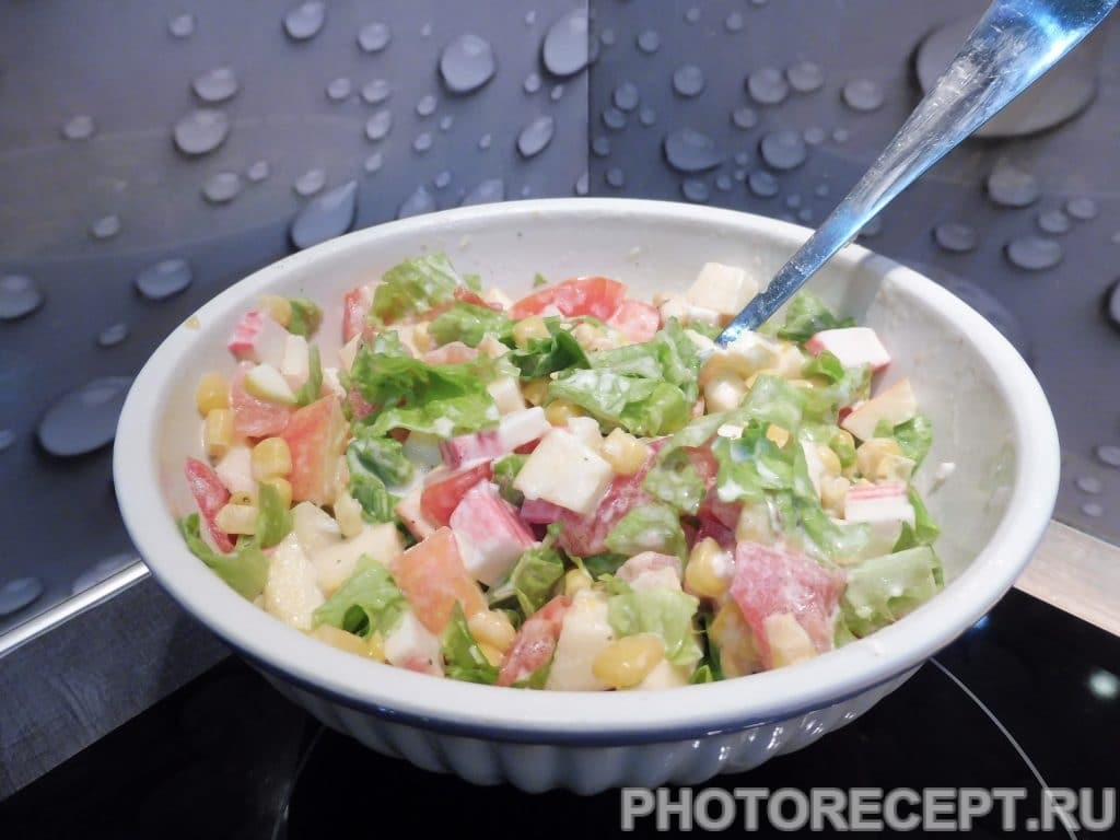 Фото рецепта - Рисовый салат с кукурузой - шаг 6