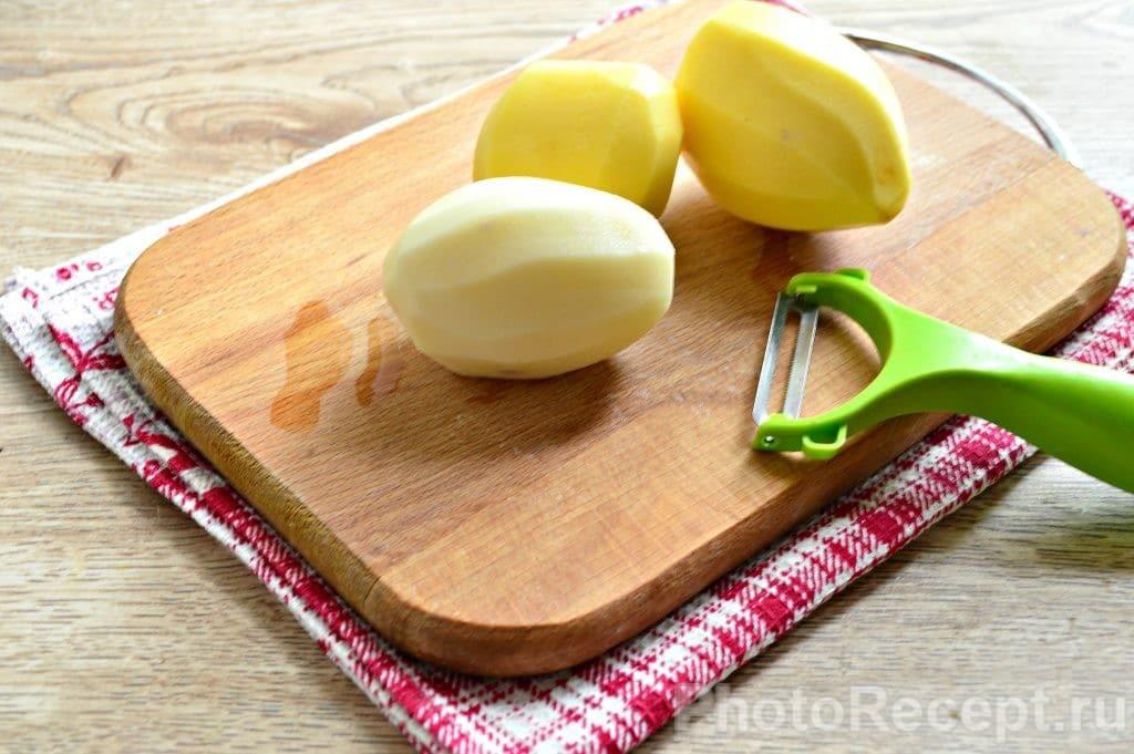 Фото рецепта - Драники из картофеля - шаг 1