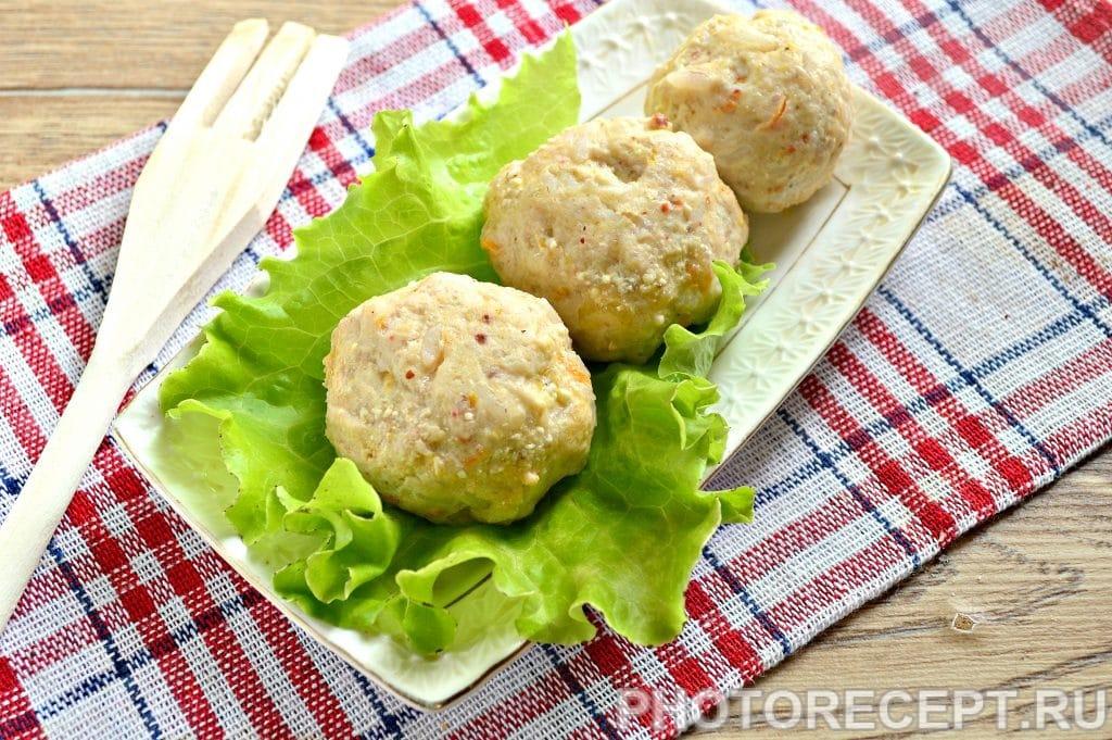 Фото рецепта - Тефтели из куриной грудки с овощами - шаг 11