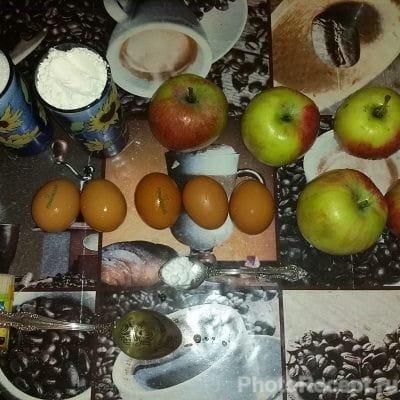 Фото рецепта - Шарлотка классическая - шаг 1