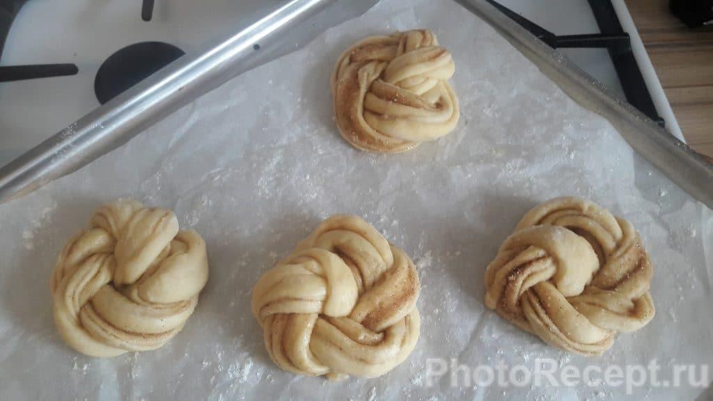 Фото рецепта - Вкуснейшие булочки с корицей - шаг 7