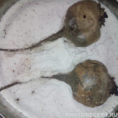 Фото рецепта - Традиционная Селедка под шубой семейный рецепт - шаг 2