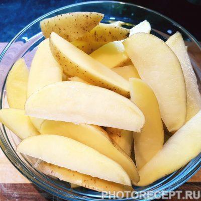 Фото рецепта - Картофель по-деревенски в духовке - шаг 3