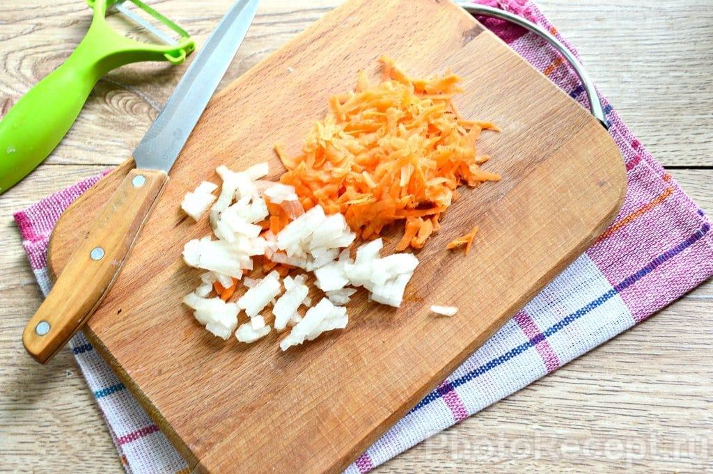 Фото рецепта - Куриный суп с вермишелью - шаг 4