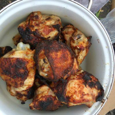 Шашлык из куриных бедер и голени - рецепт с фото
