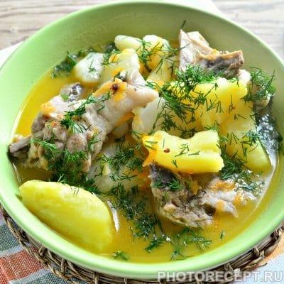 Курица, тушенная с картошкой - рецепт с фото