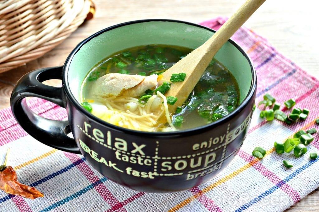 Фото рецепта - Куриный суп с вермишелью - шаг 8