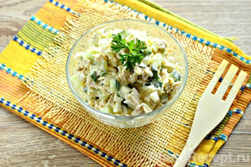 Фото рецепта - Салат с курицей и рисом - шаг 9