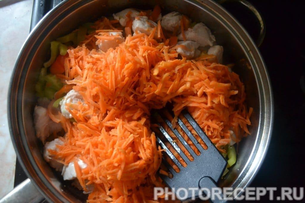 Фото рецепта - Куриная грудка тушеная с овощами - шаг 11