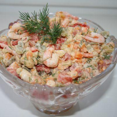 Салат с креветками оригинальный - рецепт с фото