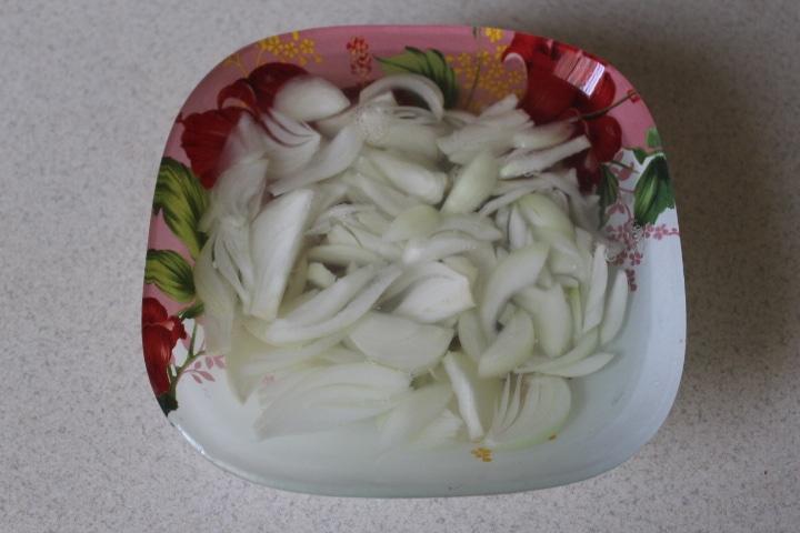 Фото рецепта - Нежный ананасовый салат - шаг 3