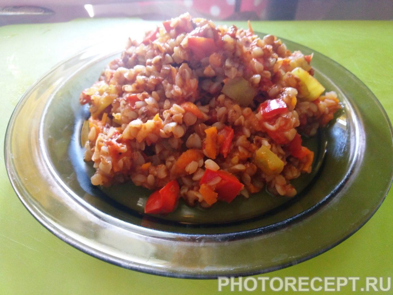 Каша гречневая с овощами