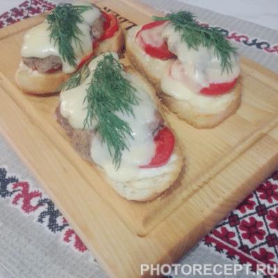 Горячие бутерброды со свининой - рецепт с фото