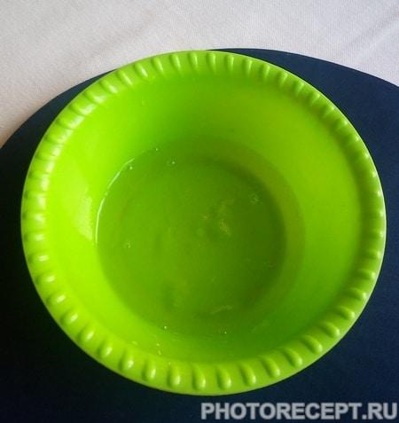 Фото рецепта - Лимонный манник с ромовой пропиткой - шаг 4