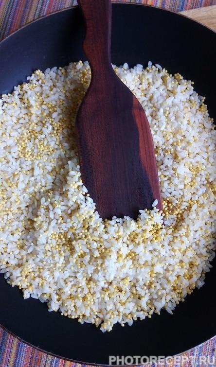 """Фото рецепта - Тыквенная каша с медом и изюмом """"Золотая осень"""" - шаг 4"""