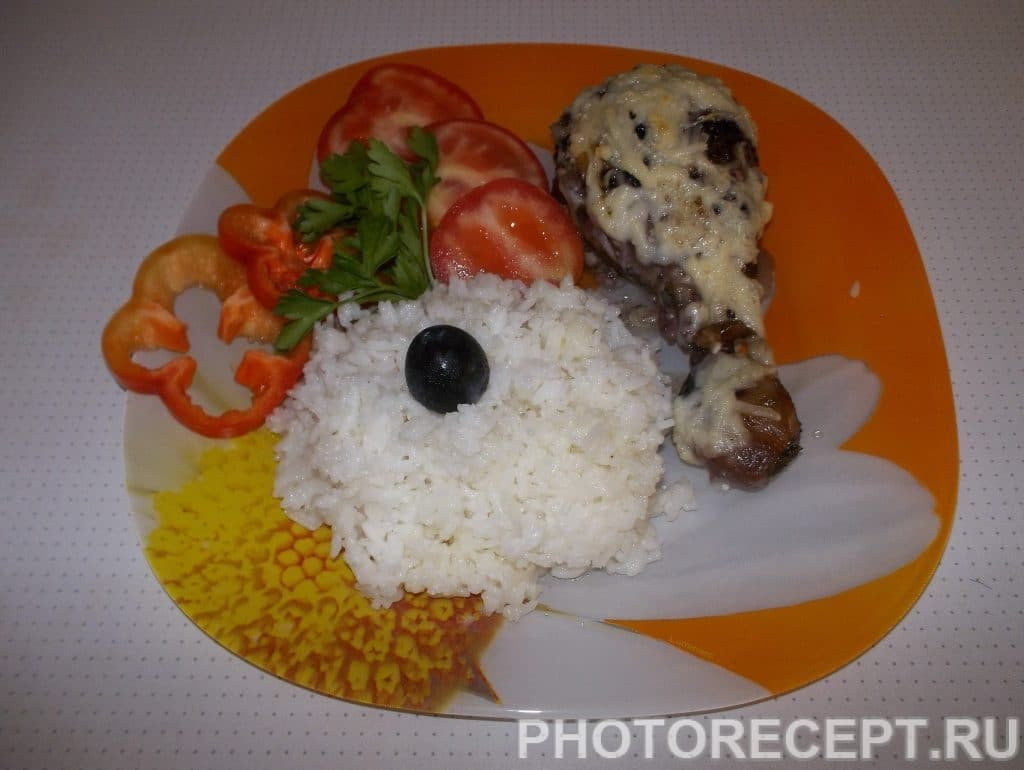 Фото рецепта - Куриные ножки, маринованные в виноградном соусе с рисом - шаг 5