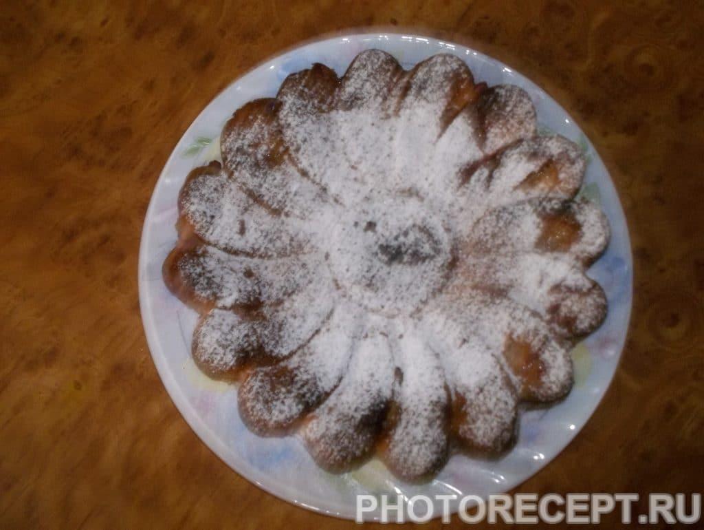 Фото рецепта - Пирог с вкуснейшей йоштой - шаг 5