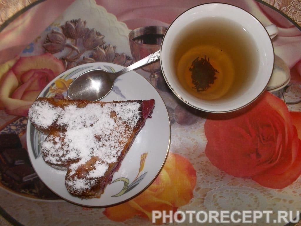 Фото рецепта - Пирог с вкуснейшей йоштой - шаг 6