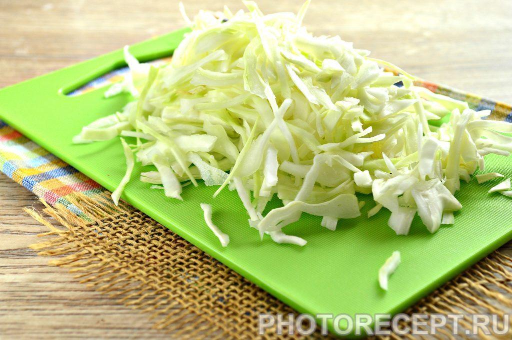 Фото рецепта - Картошка с капустой на сковороде - шаг 1