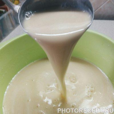 Фото рецепта - Блинный торт со сливочным кремом - шаг 7