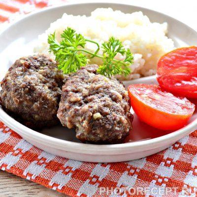 Котлеты в духовке из говядины - рецепт с фото