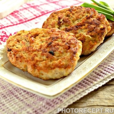 Бифштекс из свинины на сковороде - рецепт с фото