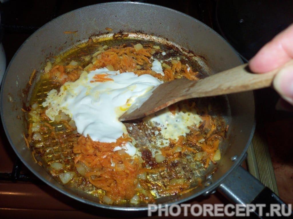 Фото рецепта - Мясо кролика тушеное в сметанно-чесночной заливке - шаг 5